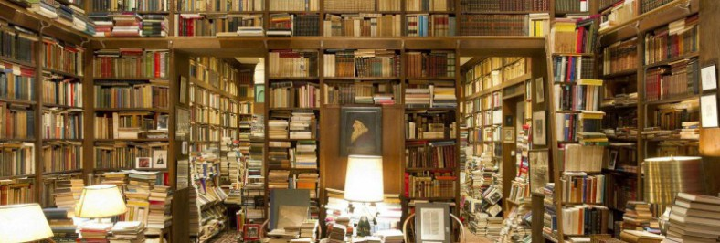 Contornos (011) Pilas de libros