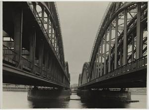 Contornos (143) Renger-Patzsch. Puente